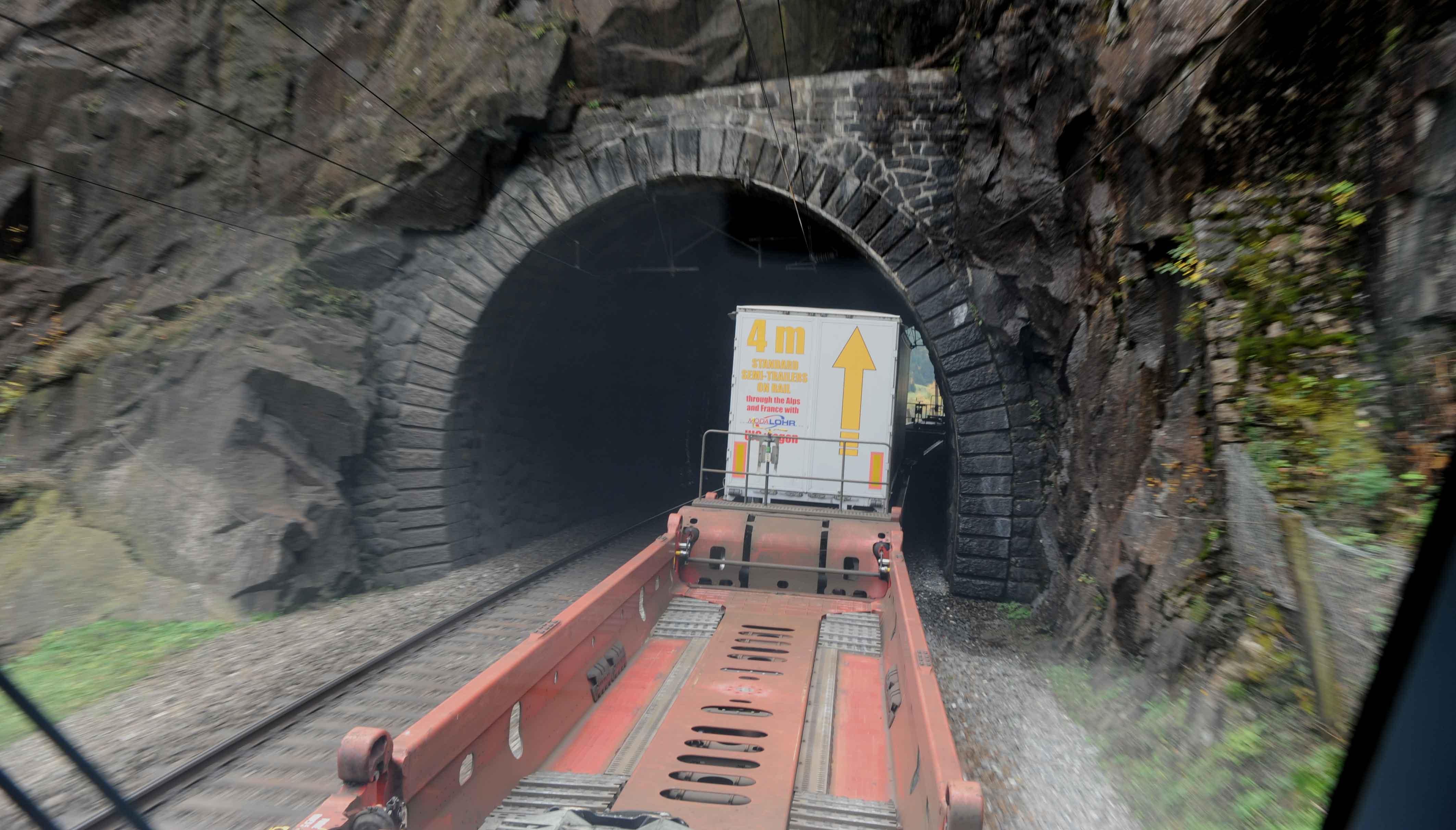 Modalohr wagon on Gotthard route